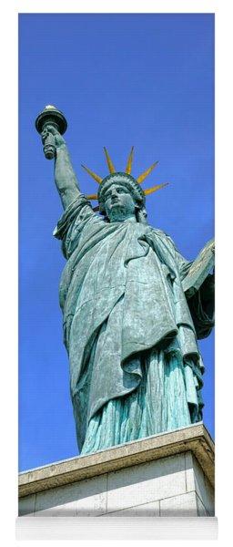 Lady Liberty In Paris Yoga Mat