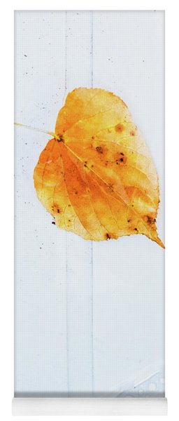 Leaf On White With Water Yoga Mat