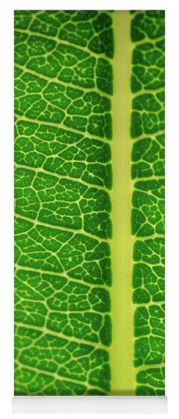 Leafy Detail Yoga Mat