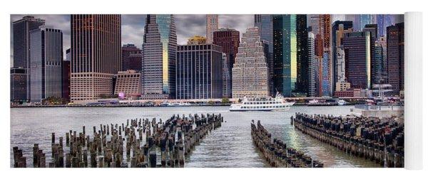 Manhattan Skyline Yoga Mat