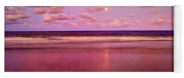 Moonrise, Mayaro Yoga Mat