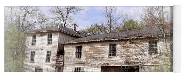 Old Abandoned House In Fluvanna County Virginia Yoga Mat