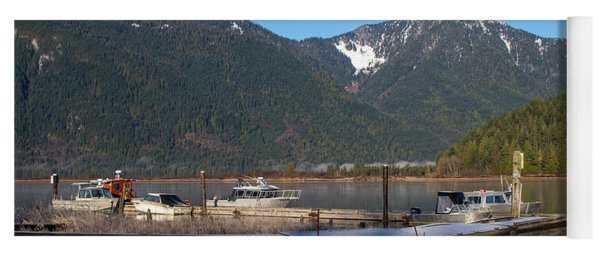 Pitt Lake Winterimpression Yoga Mat