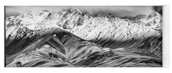 Polychrome Mountain, Denali National Park, Alaska, Bw Yoga Mat