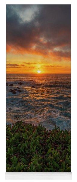 Pomo Bluffs Sunset - 2 Yoga Mat