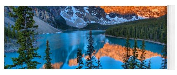 Red Morning Peaks At Moraine Lake Yoga Mat