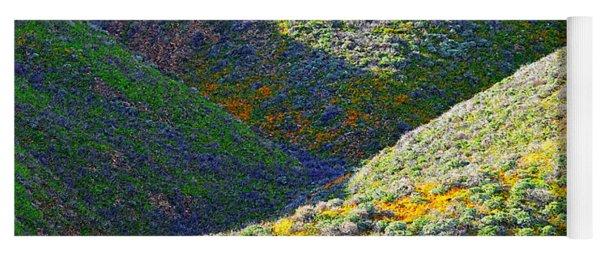 Rolling Hillsides In California - Square Yoga Mat