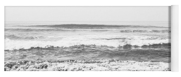 Seaside Dream Black And White - Beach Art By Linda Woods Yoga Mat
