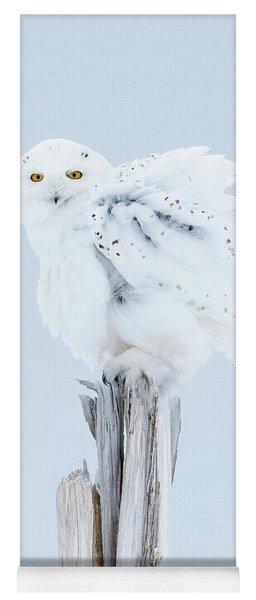 Snowy Owl Feather Shake Yoga Mat