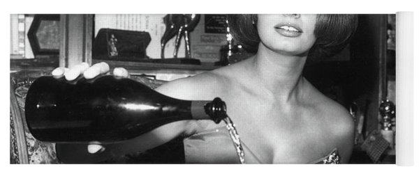 Sophia Loren, Coupe Champagne Glasses Yoga Mat