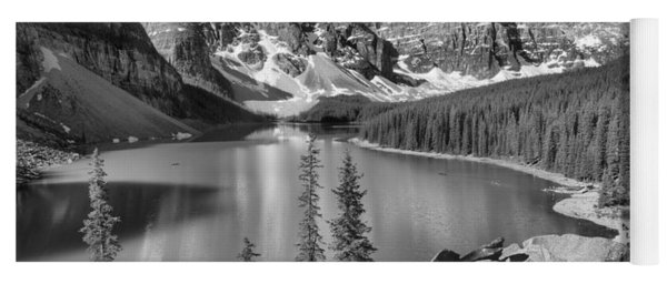 Spring Afternoon At Moraine Lake Black And White Yoga Mat