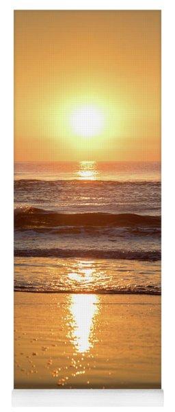 Sunrise At Surfers Paradise Yoga Mat