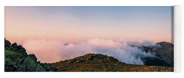 The Hiker - Mt Jefferson, Nh Yoga Mat