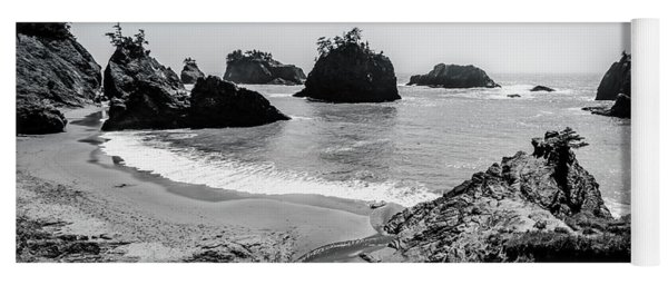 The Oregon Coast In Black And White Yoga Mat