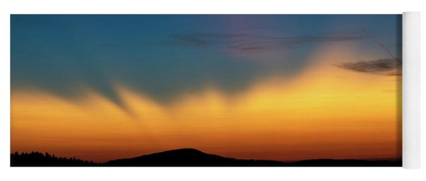 The Rays Of Dawn Yoga Mat