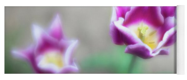 Two-tone Tulips Yoga Mat