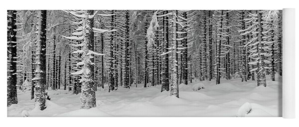 winter forest, Harz Yoga Mat