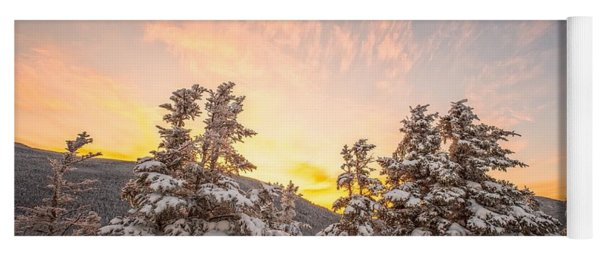 Winter's Last Light, Yoga Mat