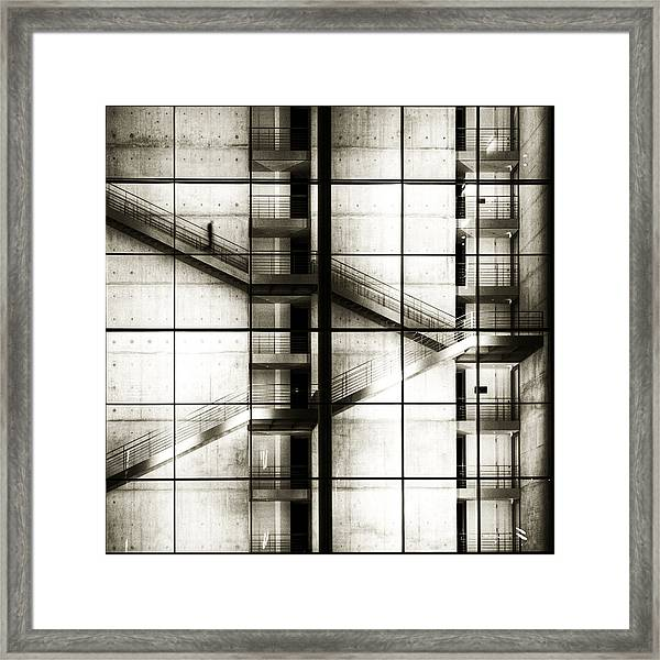 [>] Framed Print by Mario Benz