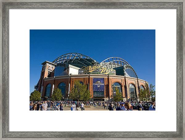 0386 Miller Park Milwaukee Framed Print