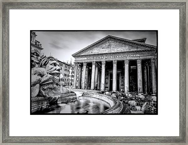 0786 The Pantheon Black And White Framed Print