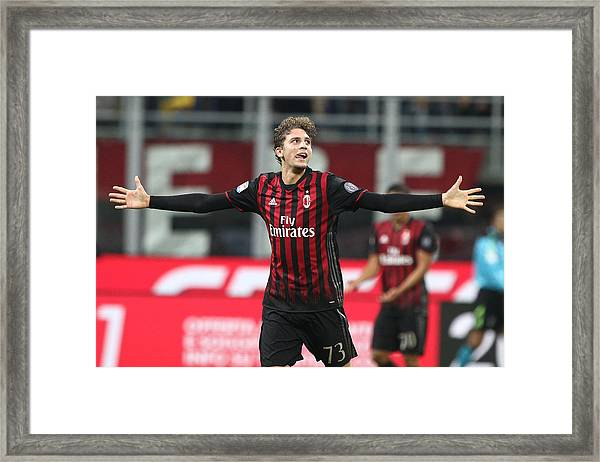 Ac Milan V Juventus Fc - Serie A Framed Print by NurPhoto
