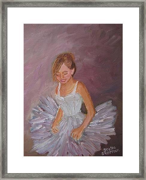 Ballerina 2 Framed Print