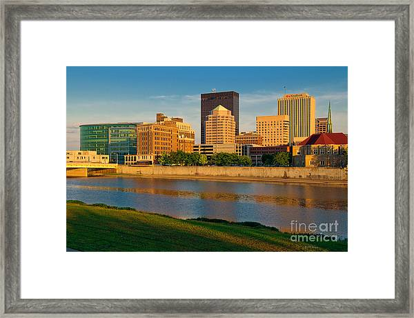 D4u-379 Dayton Skyline Photo Framed Print