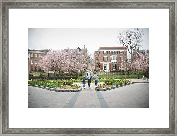 Family Moments Framed Print by Gretchen Willis Photography