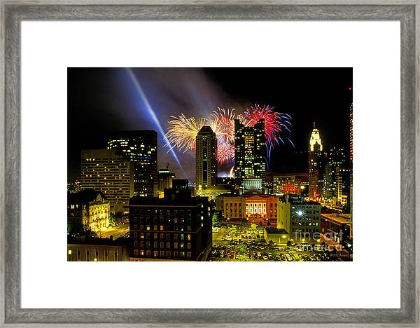 21l334 Red White And Boom Fireworks Display Photo Framed Print