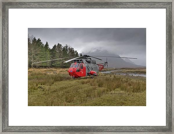 Royal Navy Sar Sea King Xz920 Glencoe Framed Print