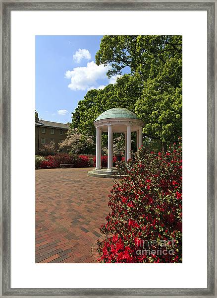 The Old Well At Chapel Hill Framed Print