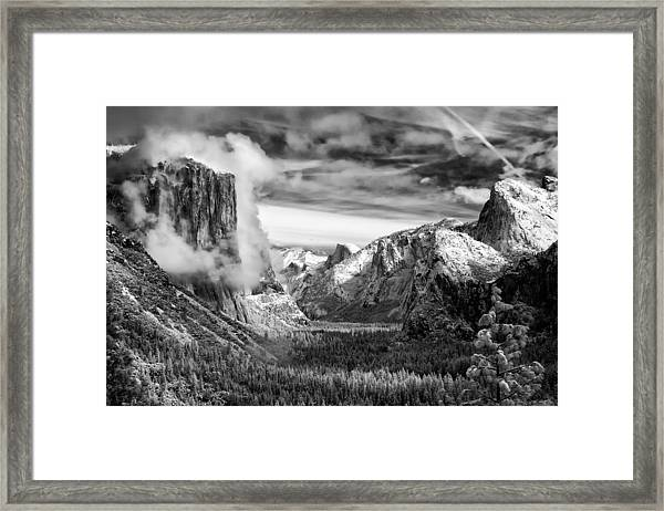 Tunnel View In Yosemite Framed Print