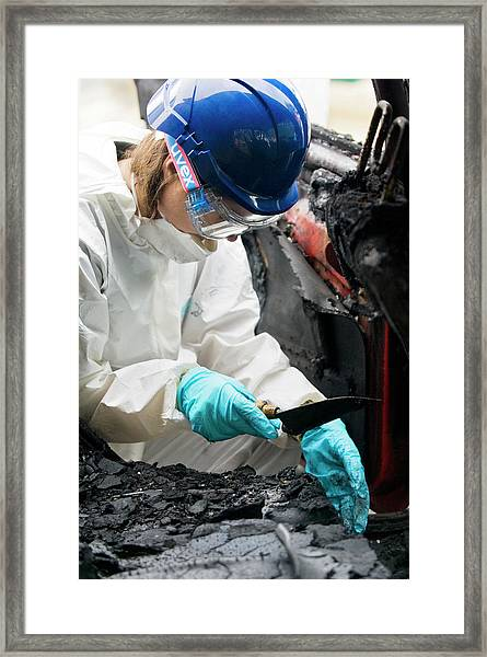 Forensics Training Framed Print by Jim Varney/science Photo Library