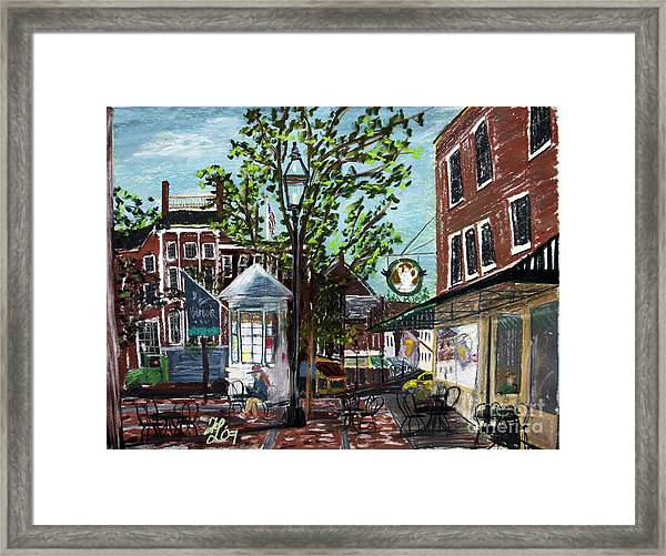 Coffee Break At Market Square Framed Print