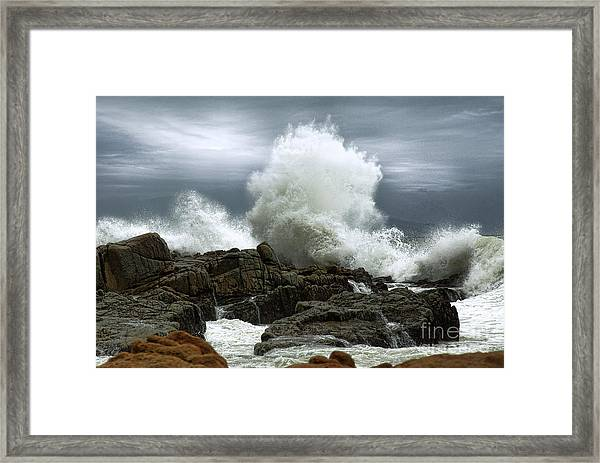 Framed Print featuring the photograph Tidal Leap by Glenda Wright
