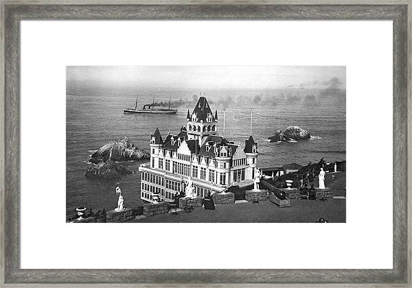 San Francisco Cliff House Framed Print