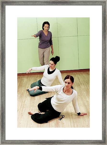 Feldenkrais Method Framed Print by Mauro Fermariello/science Photo Library