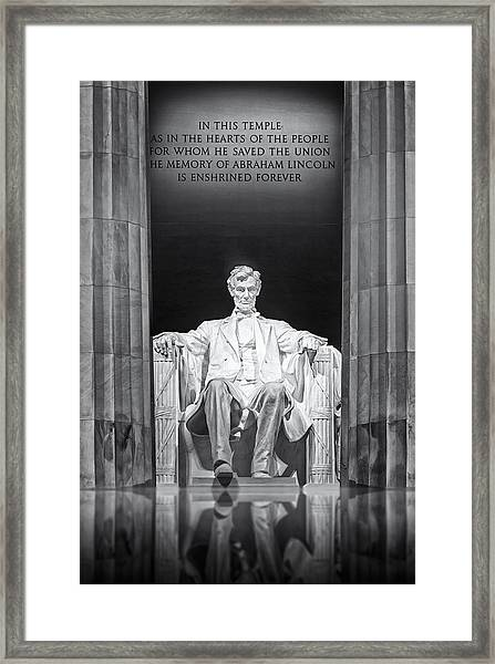 Framed Print featuring the photograph Abraham Lincoln Memorial by Susan Candelario