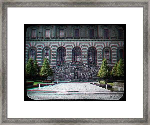 Anaglyph Garden Of The Royal Palace Framed Print