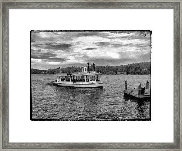 Arrowhead Queen Paddlewheel Boat Framed Print