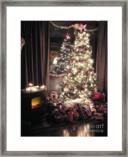 Aunties' Christmas Framed Print