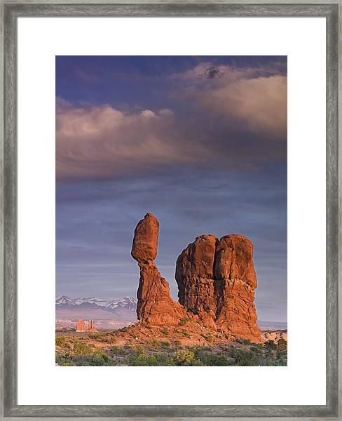 Balanced Rock At Sunset Framed Print by Richard Berry