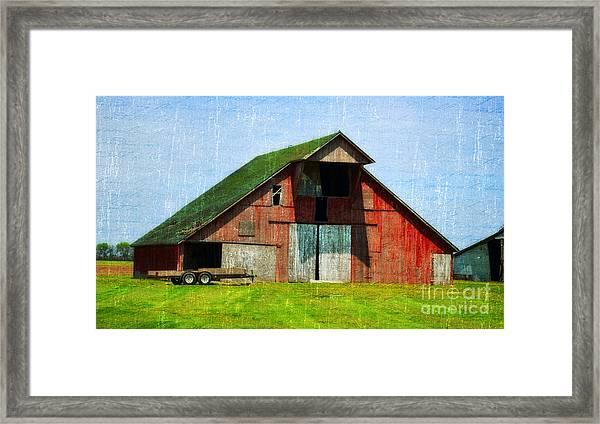 Barn - Central Illinois - Luther Fine Art Framed Print