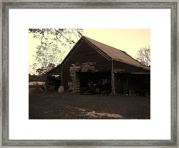 Barn In Moultrie Georgia 2004 Framed Print