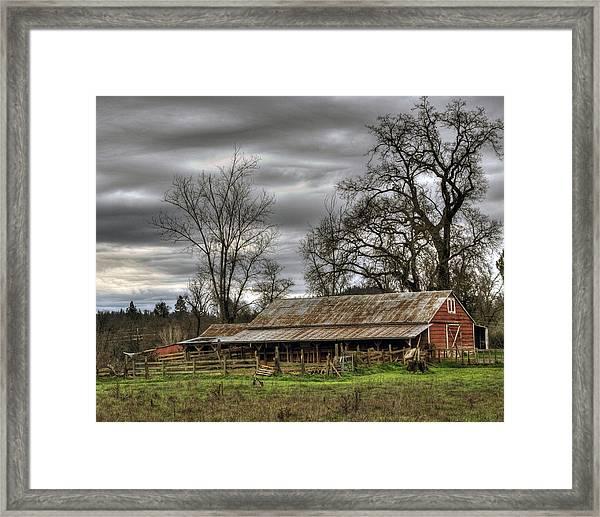 Barn In Penn Valley Framed Print