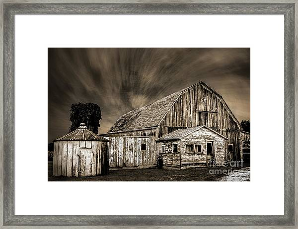 Barn On Hwy 66 Framed Print