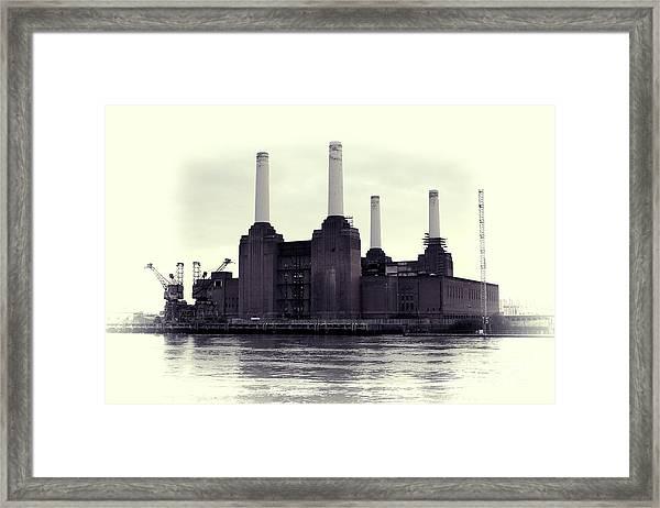 Battersea Power Station Vintage Framed Print