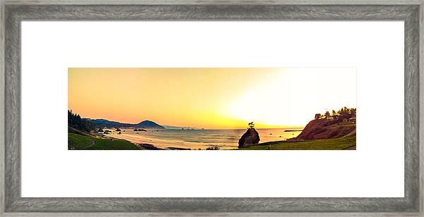 Battle Rock Panoramic Framed Print