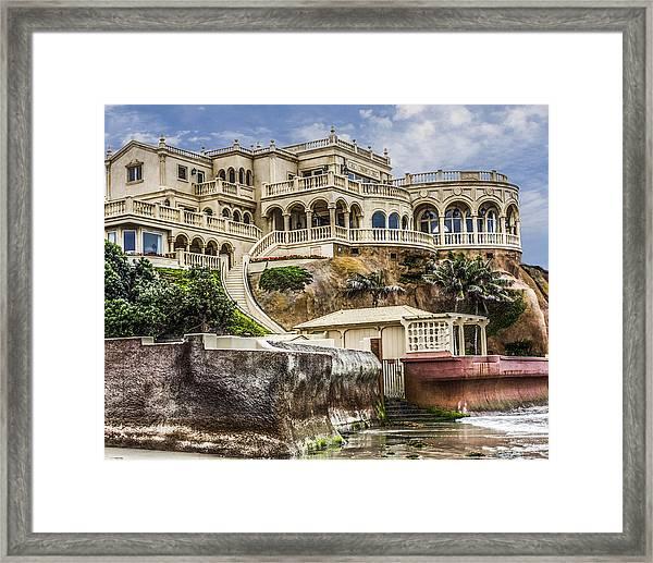 00003 La Jolla Beach Mansion Framed Print